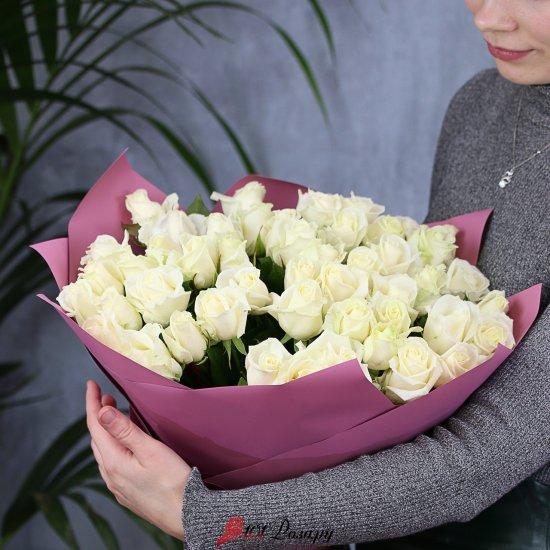 Букет из 51 белой розы 50 см