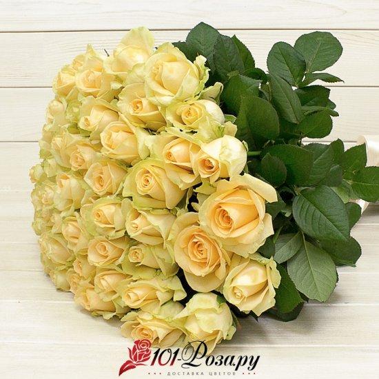 Букет из 51 кремовой розы (70 см)