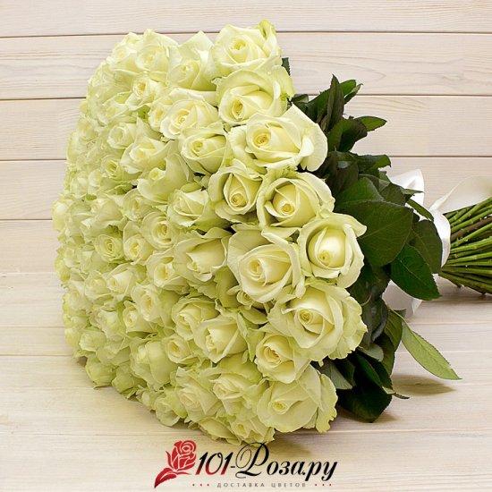 Букет из 51 белой розы (70 см)