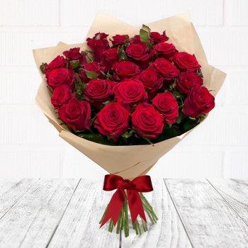 Букет из 25 красных роз Рэд Наоми (50 см)