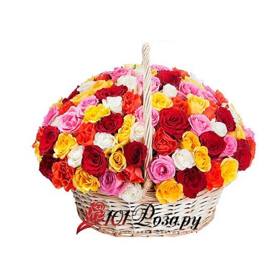 Букет из 101 (mix) розы в корзине