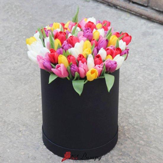 Букет из 101 тюльпана микс в коробке
