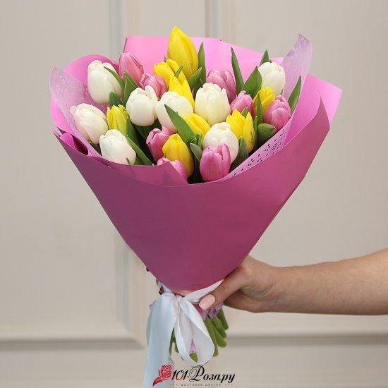 Букет из 25 тюльпанов микс
