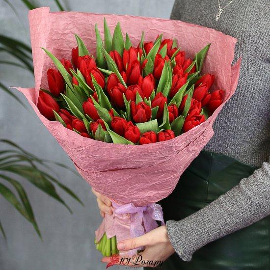 Букет из 51 красного тюльпана стандарт